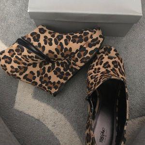 Mossimo Wedge shoe